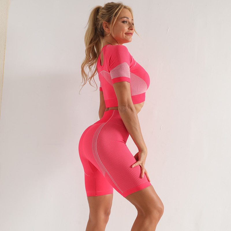 Short Sleeve Fitness Sports Suits with Colors