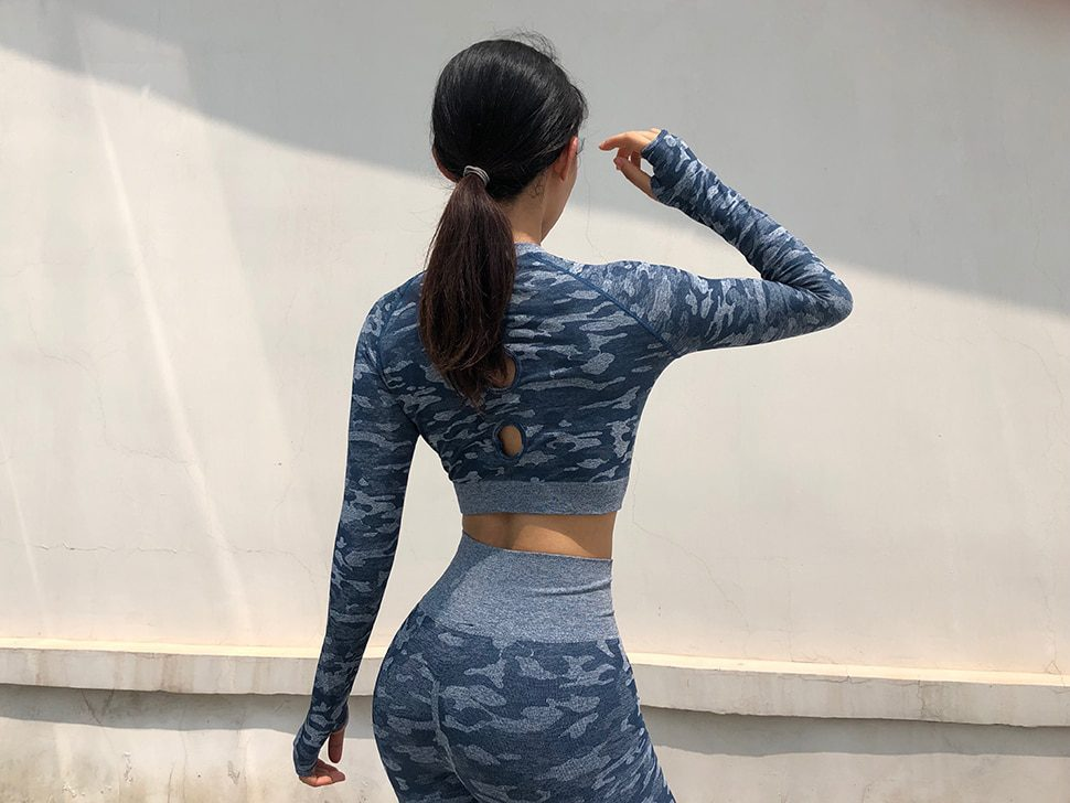 New 2 Pieces Seamless Athletic Gym & Yoga Clothing Fitness Set