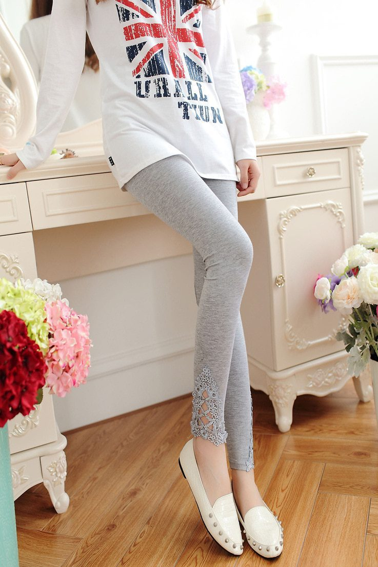 Elastic High Waist Diamond Lace Legging
