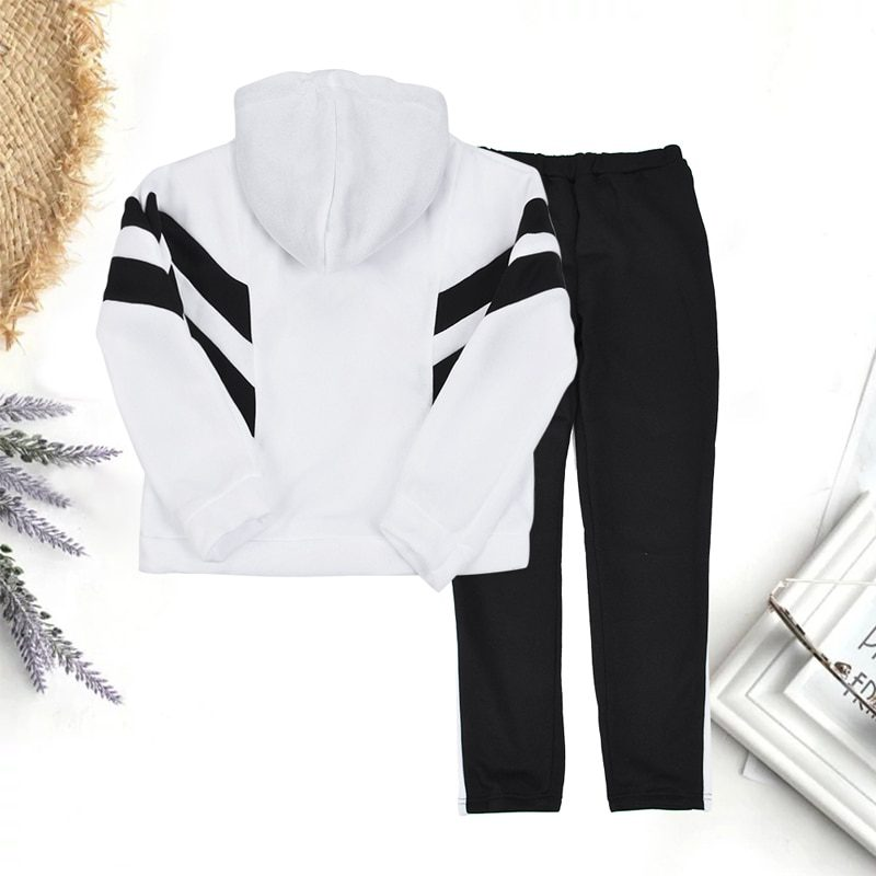 Athletic Warm Two Pieces Sports Sweat Suit